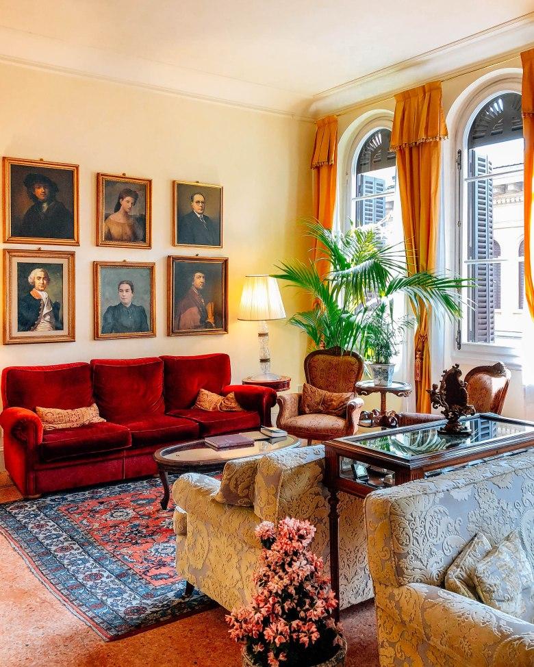 Hotel Pendini lounge
