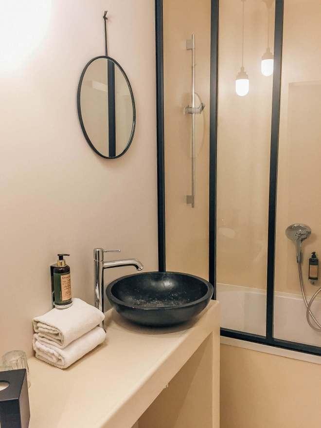 Hotel Le Jardin Secret Brussels bathroom
