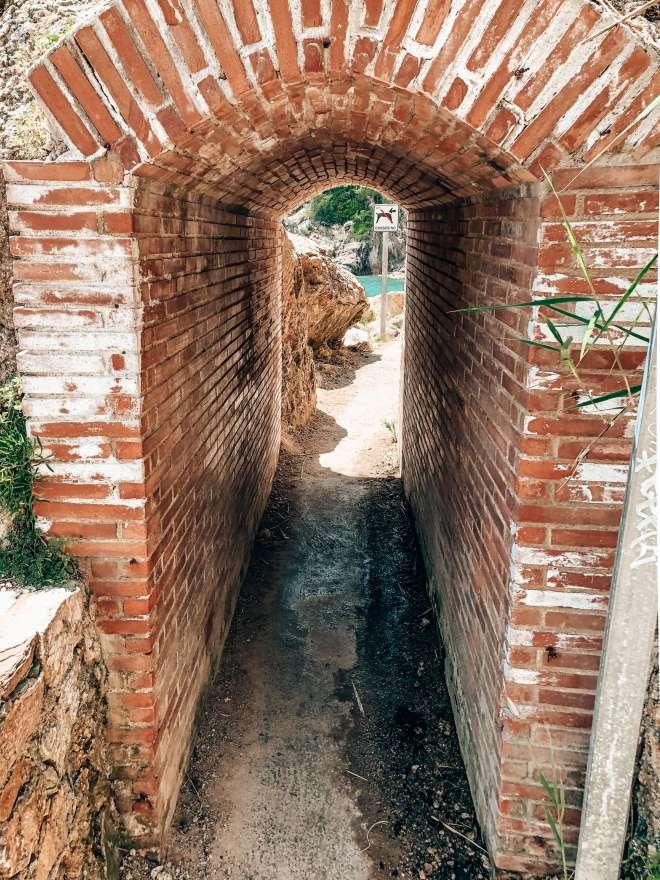 Entry El Golfet Spain