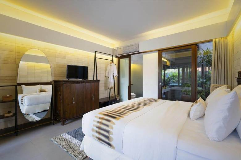 The Kemilau Hotel & Villa